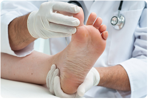 wayne hewitt nj foot doctor for toenail fungus